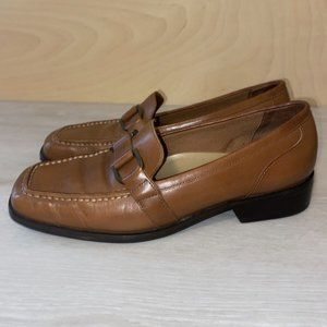 Trotters Taylor Brown Leather Loafers  Size: 7M